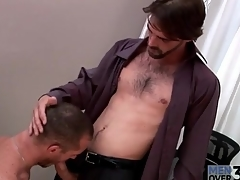 Lasting body hot guy gets a blowjob at measure