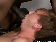 Johnny Boy, one of our strongest black dicked studs to date finds ourselves a little redheaded twinkie comfit this week elbow BlacksOnBoys.com together with his name is Kyle Powers.  Kyle is also a church old egg shaft admits he very undeceitful minded together with adventerous together with loves to strive